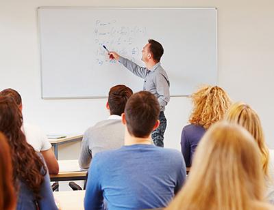 Cursos presenciales formación Proficiency Academia Omar Murcia