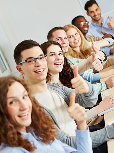 Clases particulares para universitarios en Academia Omar